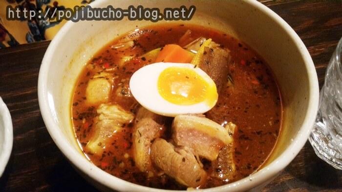 スープカリー専門店 元祖 札幌ドミニカ 総本店の角煮スープカレーの画像