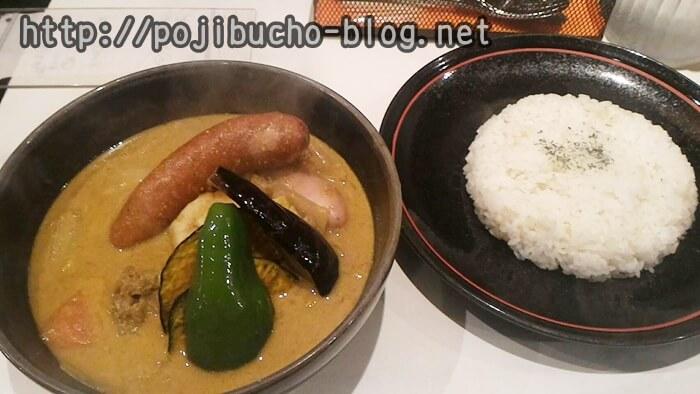 ひげ男爵のソーセージカレーの豆乳スープ