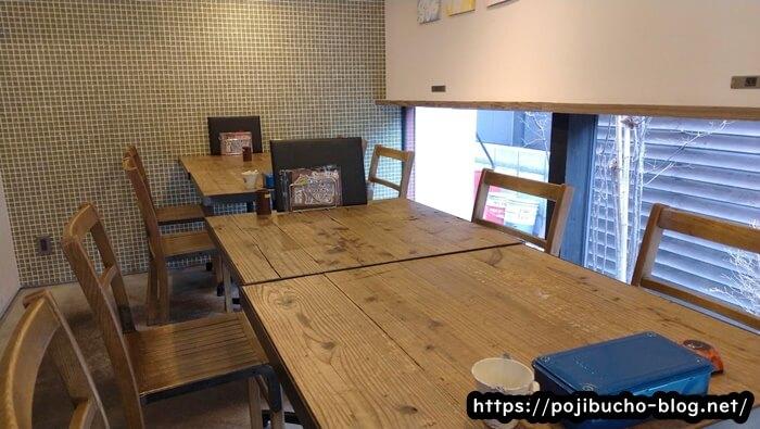 suage3のテーブル席の画像