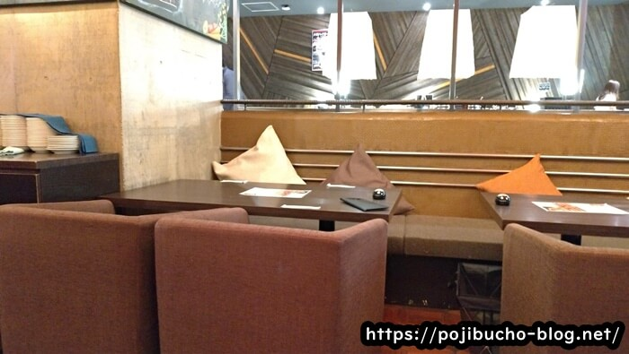 エイトライスフィールドカフェの店内の画像